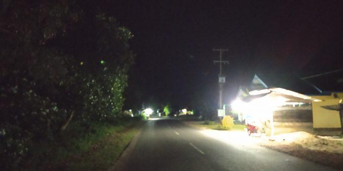 Desa Lanjut Kecamatan Singkep Pesisir Gelap Gulita tanpa lampu penerangan jalan