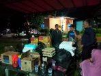Bantuan dari Walikota Tanjungpinang Rahma S.IP yang diterima oleh Ketua RW 011 Sarman