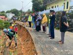 Walikota Tanjungpinang Rahma S.IP tinjau pekerjaan akibat tanah longsor