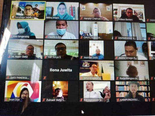 Seminar Nasional yang digelar SMSI secara virtual