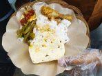 Menu Nasi Komplit dengan harga Rp1000