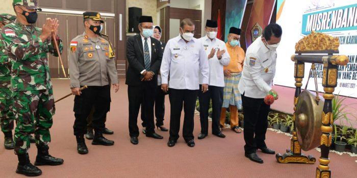 Gubernur Kepri Ansar Ahmad saat membuka secara resmi Musrenbang Kabupaten Karimun tahun 2021