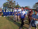 Gubernur Kepri Ansar Ahmad saat mendampingi Menteri Sandiaga Uno di Batam