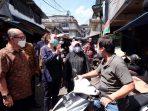 Walikota Tanjungpinang Rahma S.IP saat turun ke Pasar Baru II
