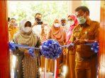 Walikota Tanjungpinang Rahma S.IP saat meresmikan kantor UPTD PPA Tanjungpinang