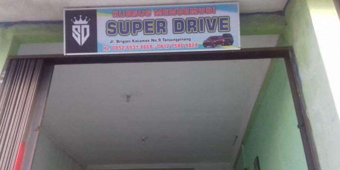 Kursus Mengemudi Super Drive