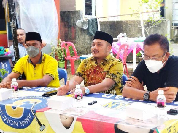 Dasril SP (Tengah) resmi menjabat Ketua Fraksi Partai Golkar di DPRD Kota Tanjungpinang